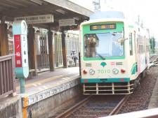 都内に唯一残るちんちん電車、都電荒川線