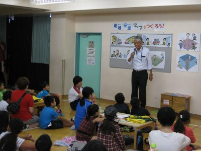 浅草警察署スクールサポーターの高橋さんの安全講習